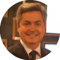 Dr. Marcelo Cantarelli