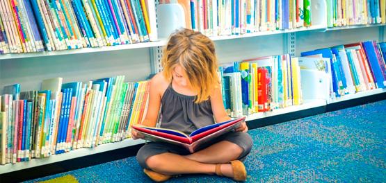"""Jornal da Cultura faz reportagem sobre literatura na infância e exibe projeto do HMCG, do Grupo Leforte, que utiliza livros no tratamento de crianças. (13'12"""")"""