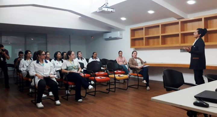 Leforte Saúde nas Empresas faz palestra sobre Outubro Rosa na Marjan