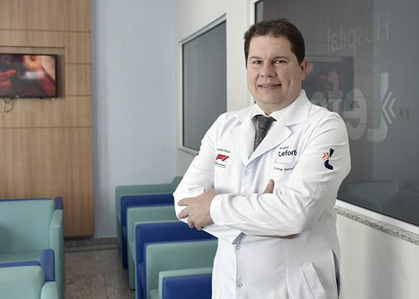 Rodrigo Santucci, coordenador da oncohematologia e do serviço de transplante de medula do Grupo Leforte.