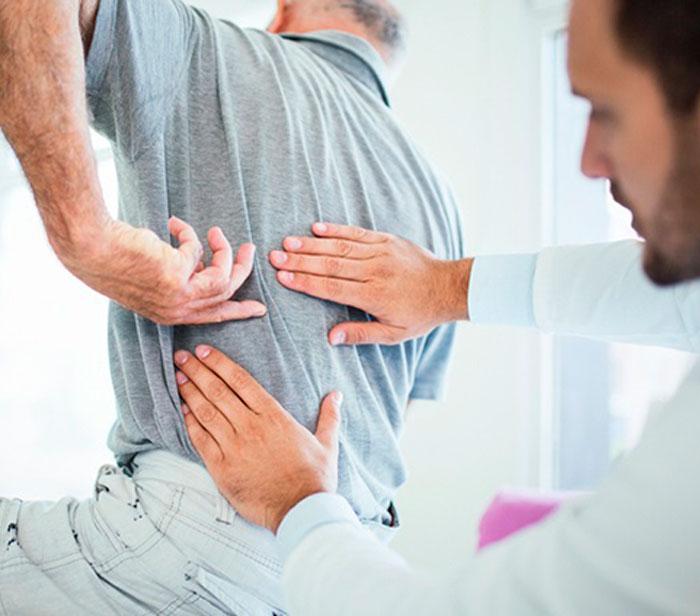 Equipe médica do centro de coluna e dor