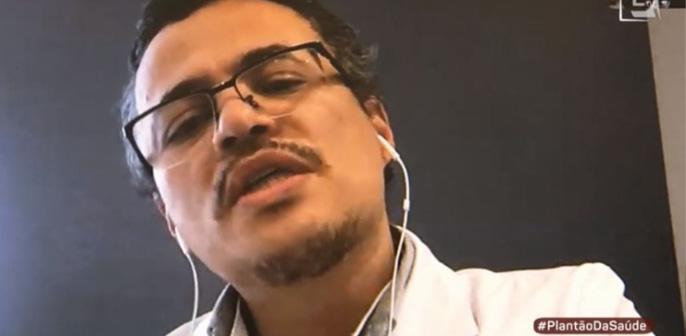Elton Rezende, psiquiatra do Hospital Lefote Liberdade, participa de reportagem sobre saúde mental no Plantão da Saúde, da TV Gazeta